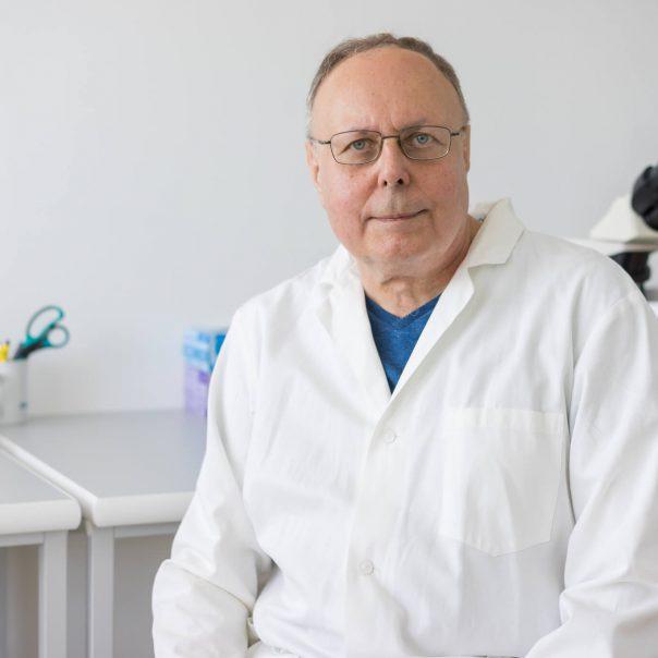 Prof. MUDr. Pavel Trávník, DrSc.